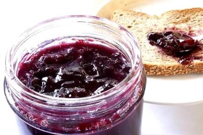 Homemade Spiced Plum Jam